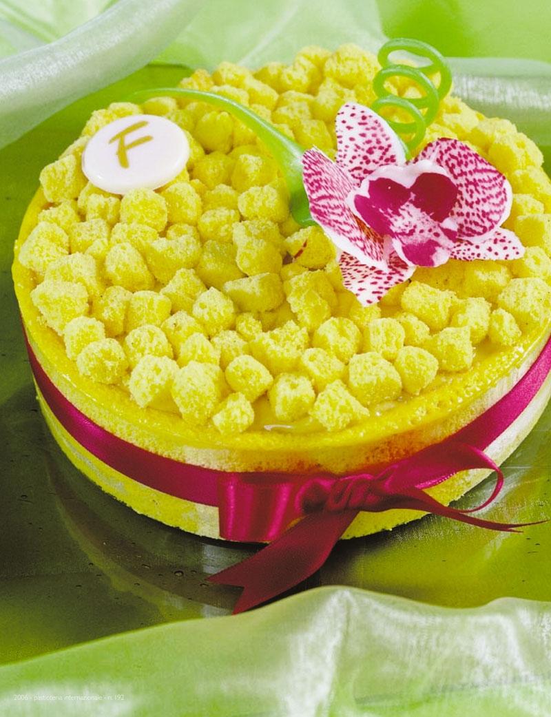 Festa della donna: Torta Mimosa  GOLOSIAMOCI